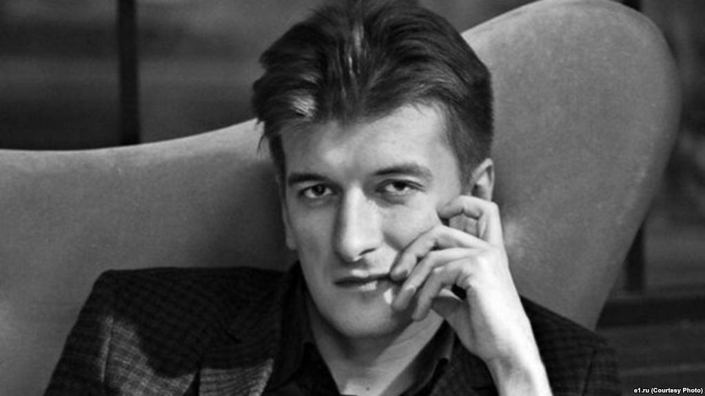 Журналист Максим Бородин, который первым написал о смерти членов отряда ЧВК Вагнера в Сирии, умер после падения из окна https://t.co/1jfTySpMRm