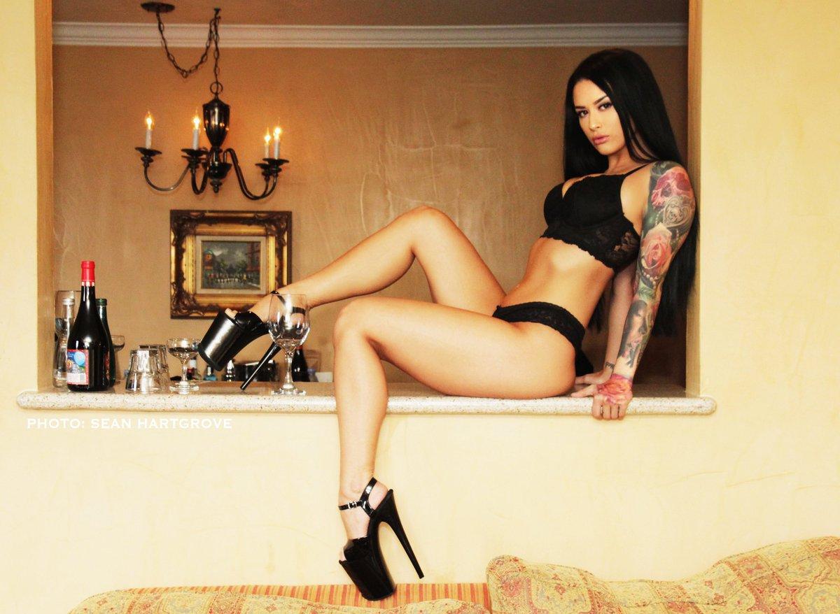 Katrina Jade  - Peep it <a h twitter @kj_fetishmodel