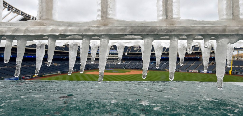 Shohei Ohtani and Angels get postponed by icy cold in Kansas City https://t.co/bn9ctMPuo7