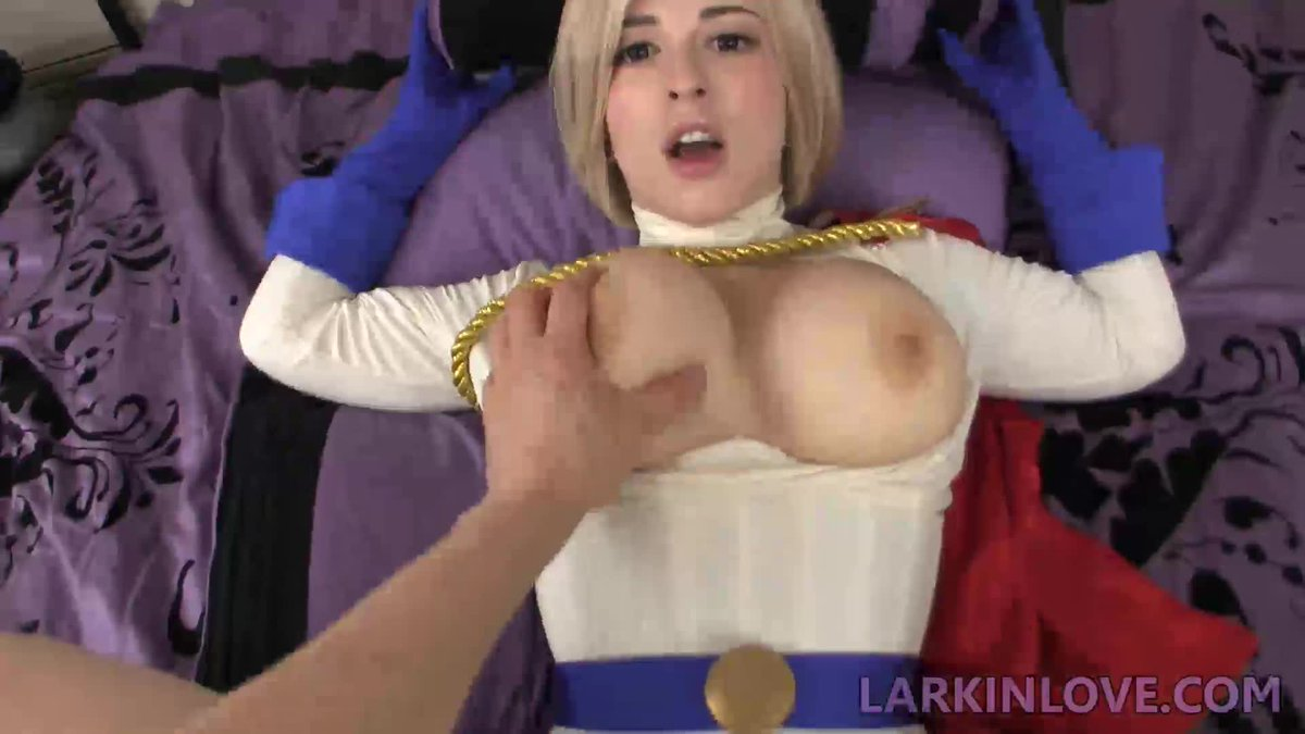 Larkin Love  - Hot vid sold twitter @larkinlovexxx mvsales