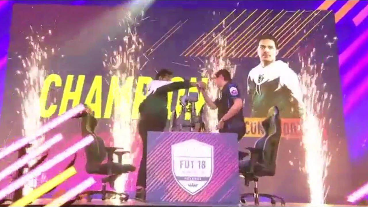 HE'S DONE IT! @Msdossary7 is the champion in Manchester! ��  #FIFAeWorldCup https://t.co/6KSBqgKLvO https://t.co/B5RLge5cbD