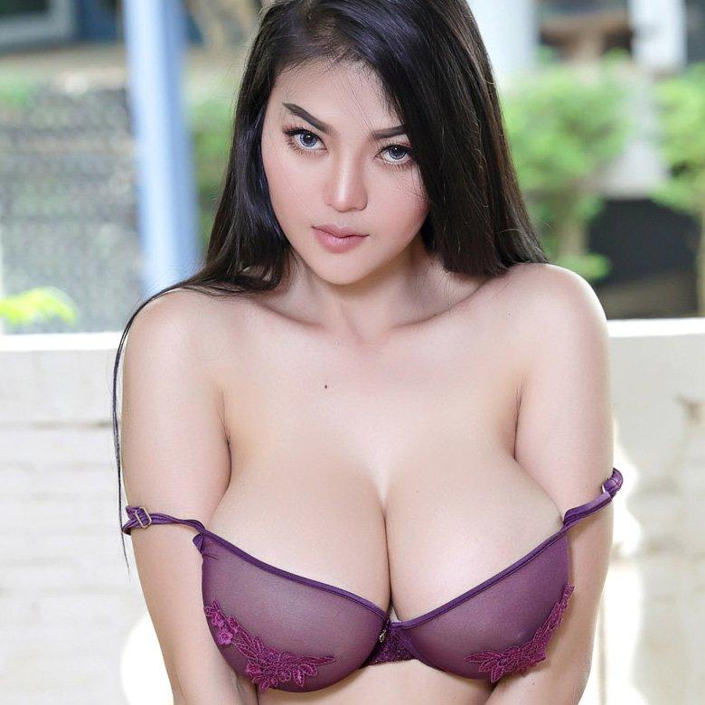 Nude pitta Pitta Asian