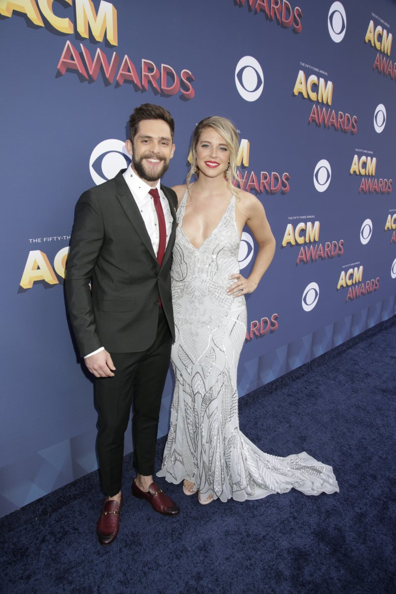 Thomas Rhett, Luke Bryan & Lauren Alaina arriving at the 53rd ACM Awards (pics via CBS) https://t.co/iaec0a37vA https://t.co/w6lwlxiM72