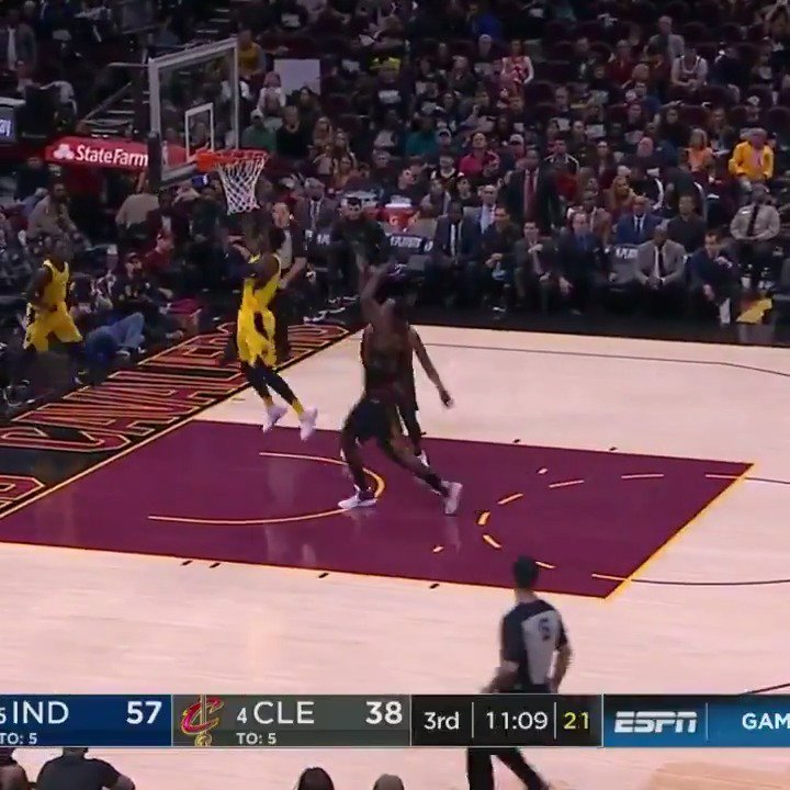 Victor Oladipo tallies 32 PTS, 4 AST, 6 3PM in the @Pacers Game 1 win on the road in Cleveland! #Pacers #NBAPlayoffs https://t.co/Z0FqbZgmNC