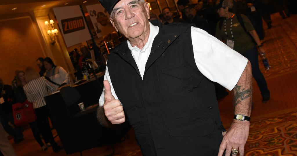 R. Lee Ermey, 'The Gunny' from 'Full Metal Jacket,' has died at 74 https://t.co/0oxY7vuOPl https://t.co/32Mb3E6FW9