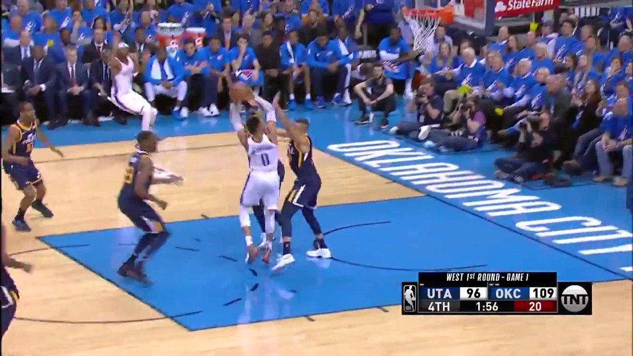 Russell Westbrook attacks and muscles it in!  #ThunderUp @NBAonTNT https://t.co/qGq3SGgFGJ