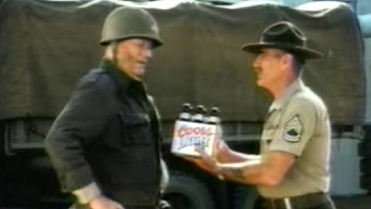 R. Lee Ermey and John Wayne Shared Screen Time Together — Kind Of https://t.co/hdmaCJilYV https://t.co/i5mSNJIPY7