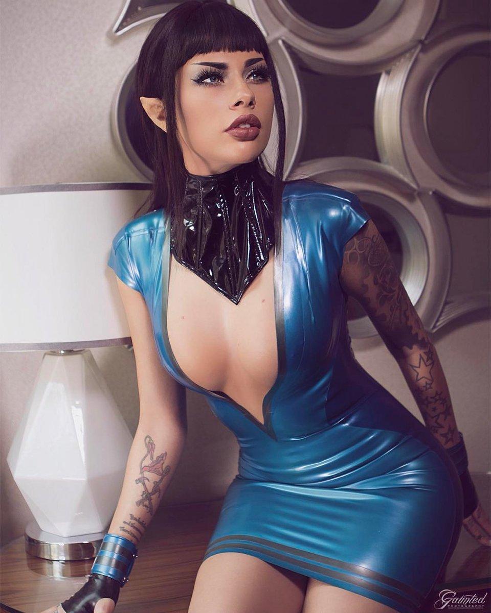Vera Bambi  - 🖖🏻 <a href twitter @VeraBambiLIVE