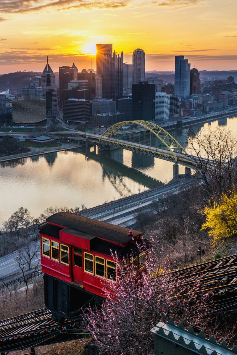 Dave dicello on twitter the duquesne incline passes by bright the duquesne incline passes by bright flowers on mt washington on a beautiful spring morning in pittsburgh this weekend just before the sun goes behind izmirmasajfo Gallery