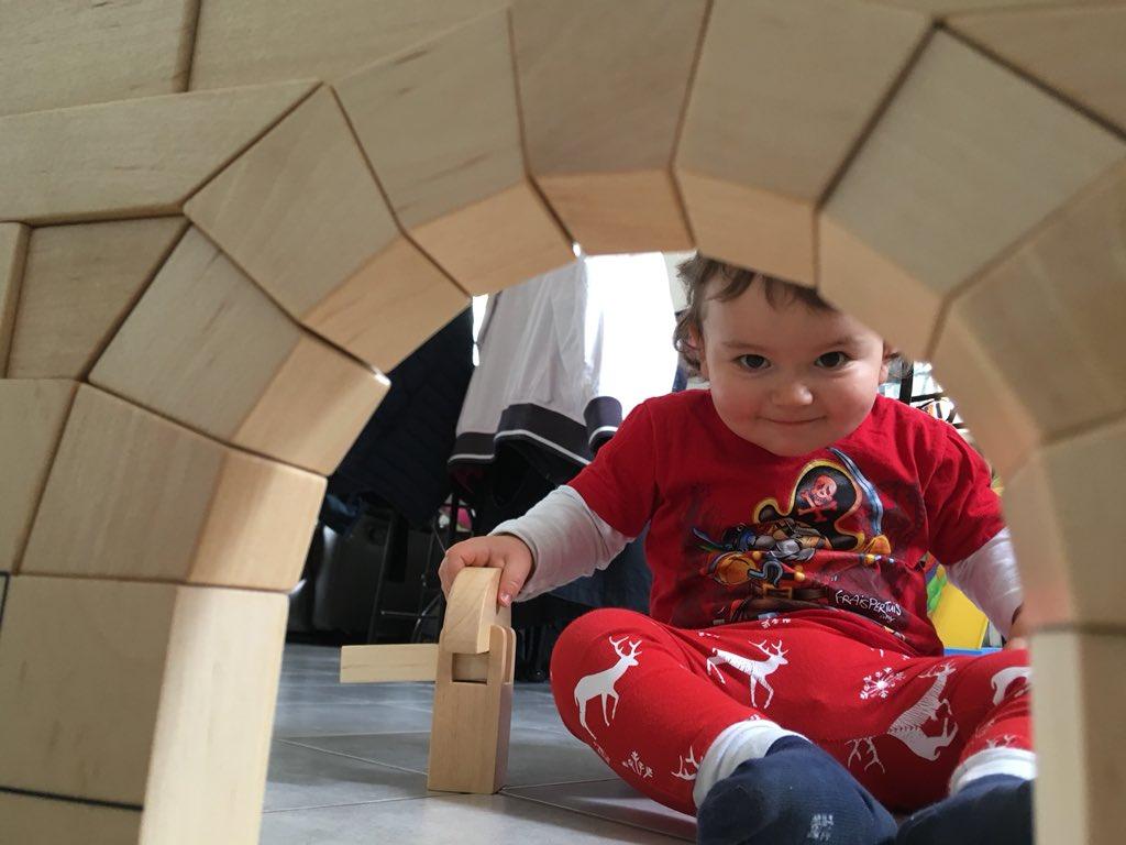 Arche Romane :) #montessori #archeromane #construction #ensemble #amour #bonheur <br>http://pic.twitter.com/0fE9PlEVH6