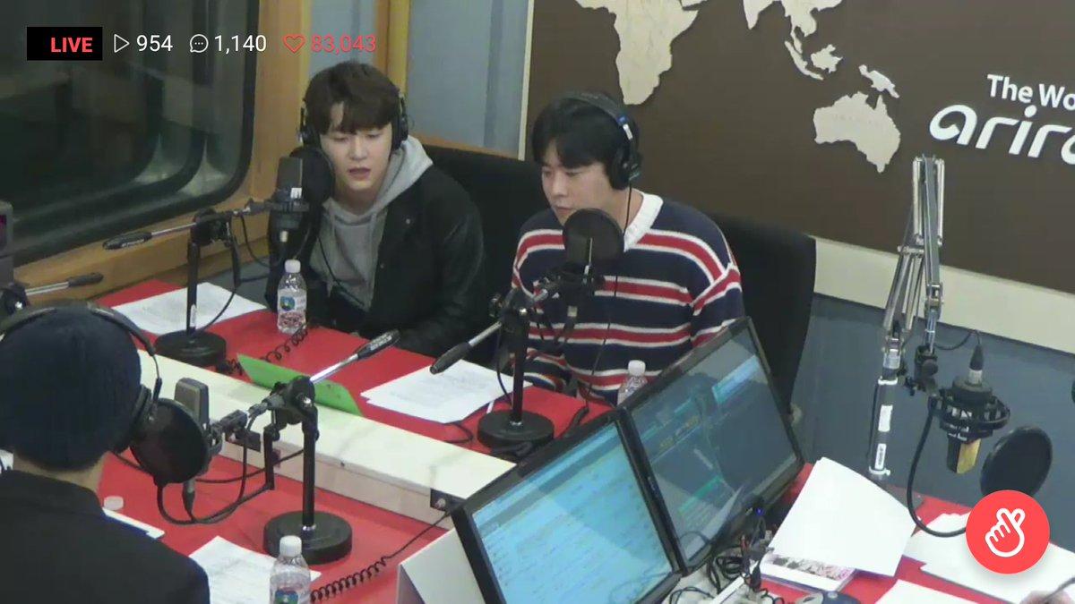 16/04/2018 [V LIVE] Arirang Radio (Super K-Pop / F.CUZ) Da5GC2CVAAAxpJc