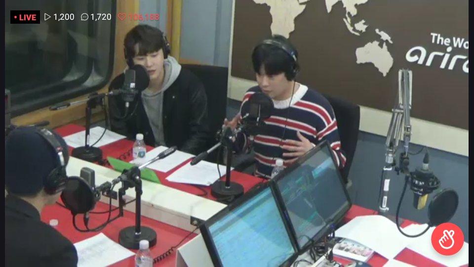 16/04/2018 [V LIVE] Arirang Radio (Super K-Pop / F.CUZ) Da5Ip6BVMAATJWl