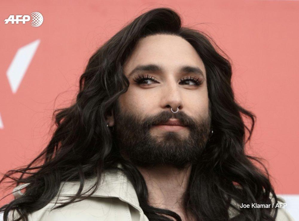 Le jour est venu de me libérer pour le reste de ma vie dune épée de Damoclès : je suis positif au HIV : Conchita Wurst révèle sa séropositivité, disant vouloir mettre fin à un chantage u.afp.com/opTt #AFP