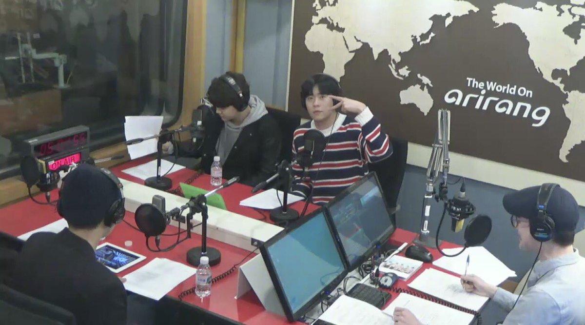 16/04/2018 [V LIVE] Arirang Radio (Super K-Pop / F.CUZ) Da5JXQFVQAA4rO4