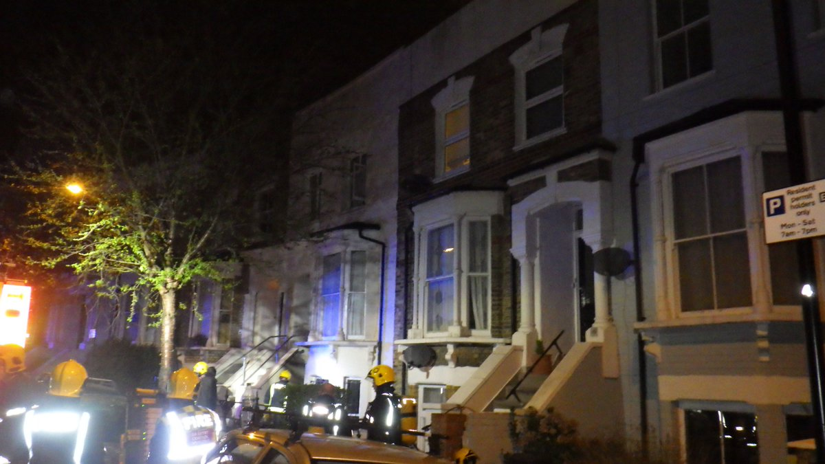 London Fire Brigade On Twitter Half Of A Lower Ground Flat Was Damaged In At House Conversion Sydner Road Hackney Https T Co 36cwlbarsl