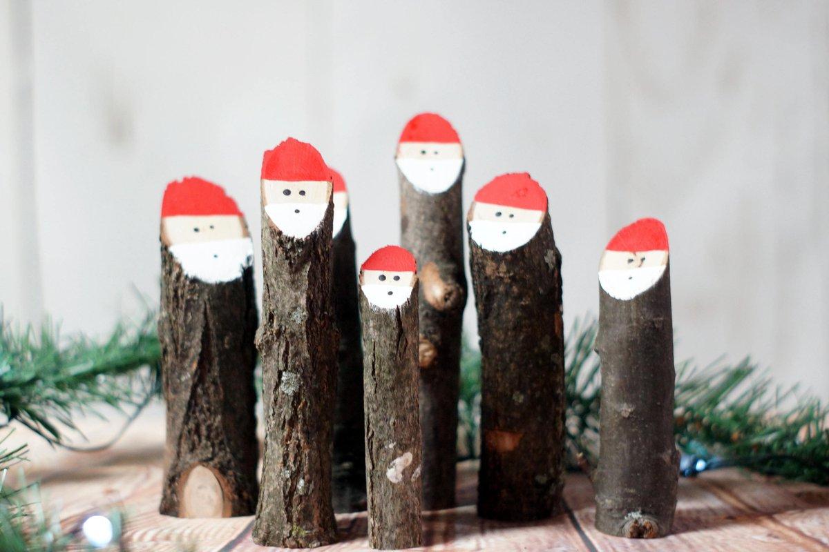 Sarah Gft A Twitter Log Santas Primitive Christmas
