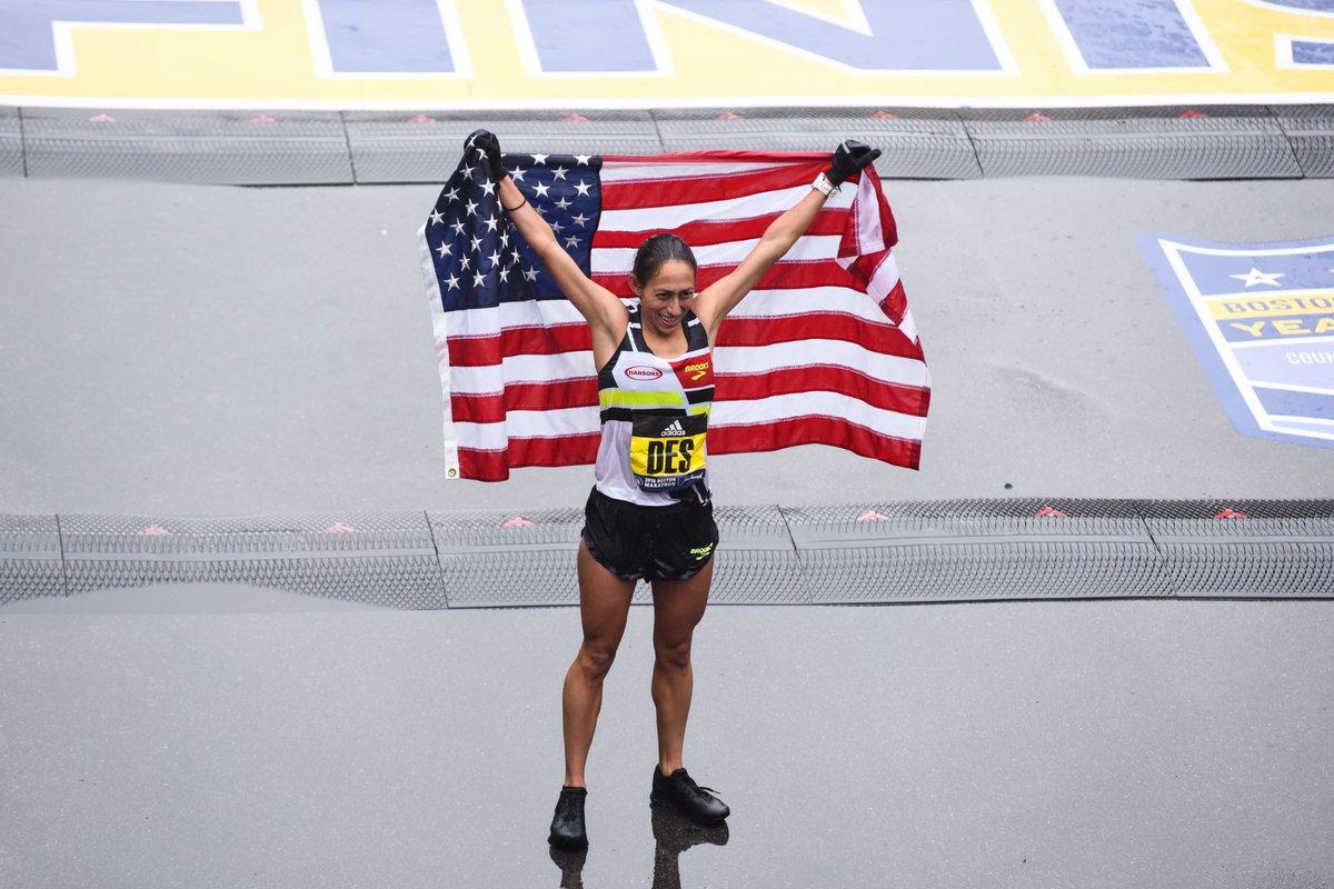 Your 2018 #BostonMarathon Champions!  <br>http://pic.twitter.com/QyfC2ipDYu