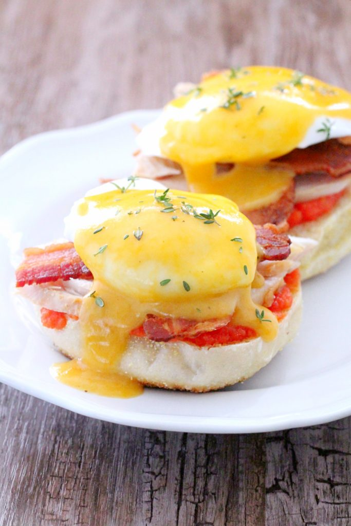 Celebrate #NationalEggsBenedictDay with Kentucky Hot Brown Eggs Benedict! Get the recipe:  http:// bit.ly/2H2rnI7  &nbsp;  <br>http://pic.twitter.com/f8tpyDPDd3