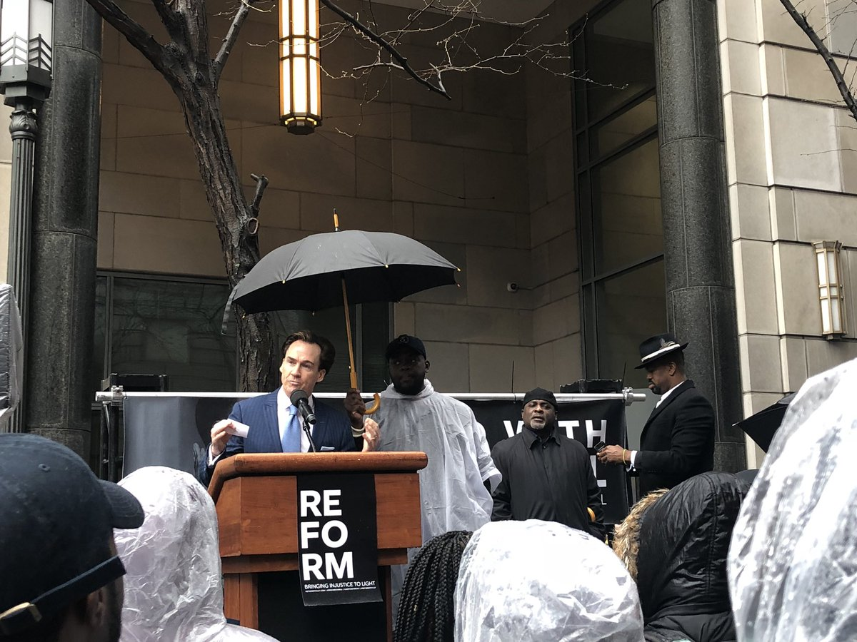 """""""Justice needs to be blind and it hasn&#39;t been...We need sanity, we need love, we need fairness.&quot; @LtGovStack #ReformPhilly #Justice4Meek #FreeMeekMill  http:// ReformPhilly.com  &nbsp;  <br>http://pic.twitter.com/7Z5fKiSQr7"""