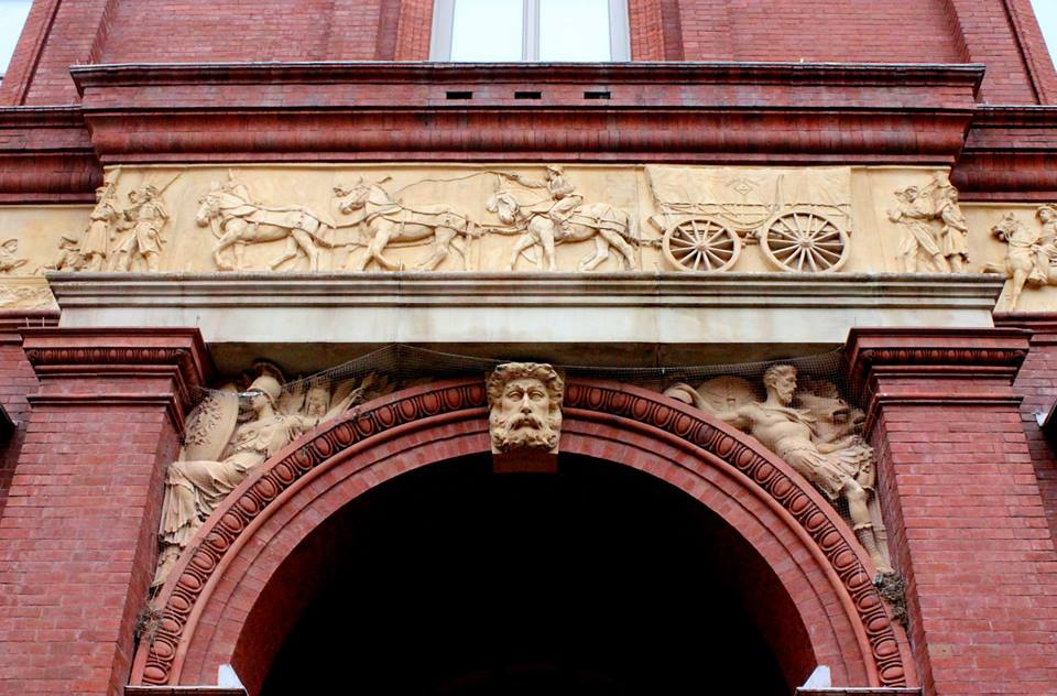 When the Pension Building&#39;s exterior frieze was constructed in 1887, architect Montgomery Meigs insisted a freed black teamster be included in the panel. This figure ultimately assumes a central position, over the building&#39;s west entrance #EmancipationDay <br>http://pic.twitter.com/p5FIjBnutd
