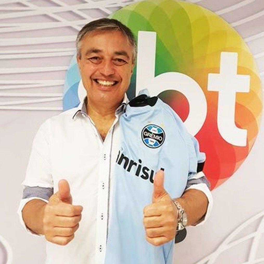 Borrachos's photo on Ricardo Vidarte