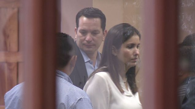 Realizan audiencia contra Ferrufino y su esposa por blanqueo de capitales. https://t.co/lyCv4J5KrM https://t.co/qBedj89m2d