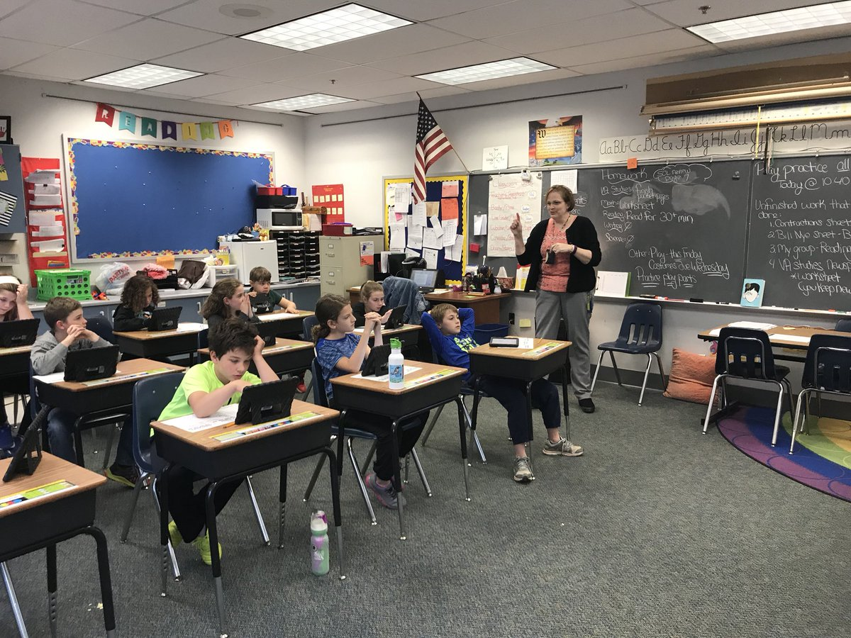 Infusing technology in to counseling lessons! Using Wixie to learn about careers. <a target='_blank' href='http://twitter.com/TechAtATS'>@TechAtATS</a> <a target='_blank' href='http://twitter.com/APSVirginia'>@APSVirginia</a> <a target='_blank' href='http://twitter.com/pmcclell2'>@pmcclell2</a> <a target='_blank' href='http://twitter.com/APS_ATS'>@APS_ATS</a> <a target='_blank' href='https://t.co/mElRUOPR5f'>https://t.co/mElRUOPR5f</a>