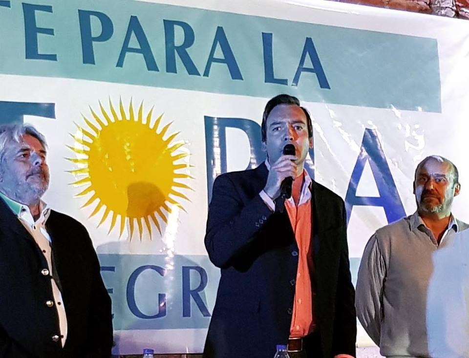 Daniel Lazro's photo on Villa Regina
