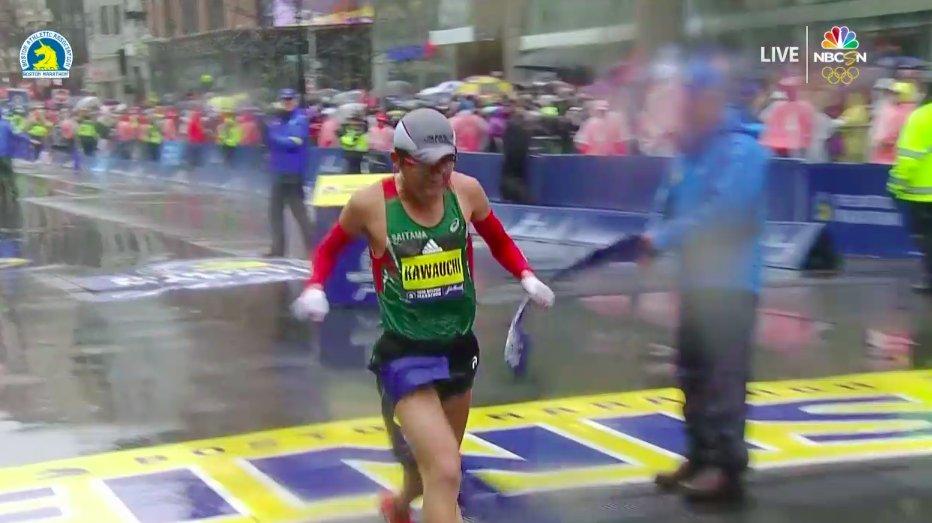 Absolute stunner.   Yuki Kawauchi of Japan wins the men's race at the #BostonMarathon in 2:15:54. <br>http://pic.twitter.com/TwQxzyXgcL