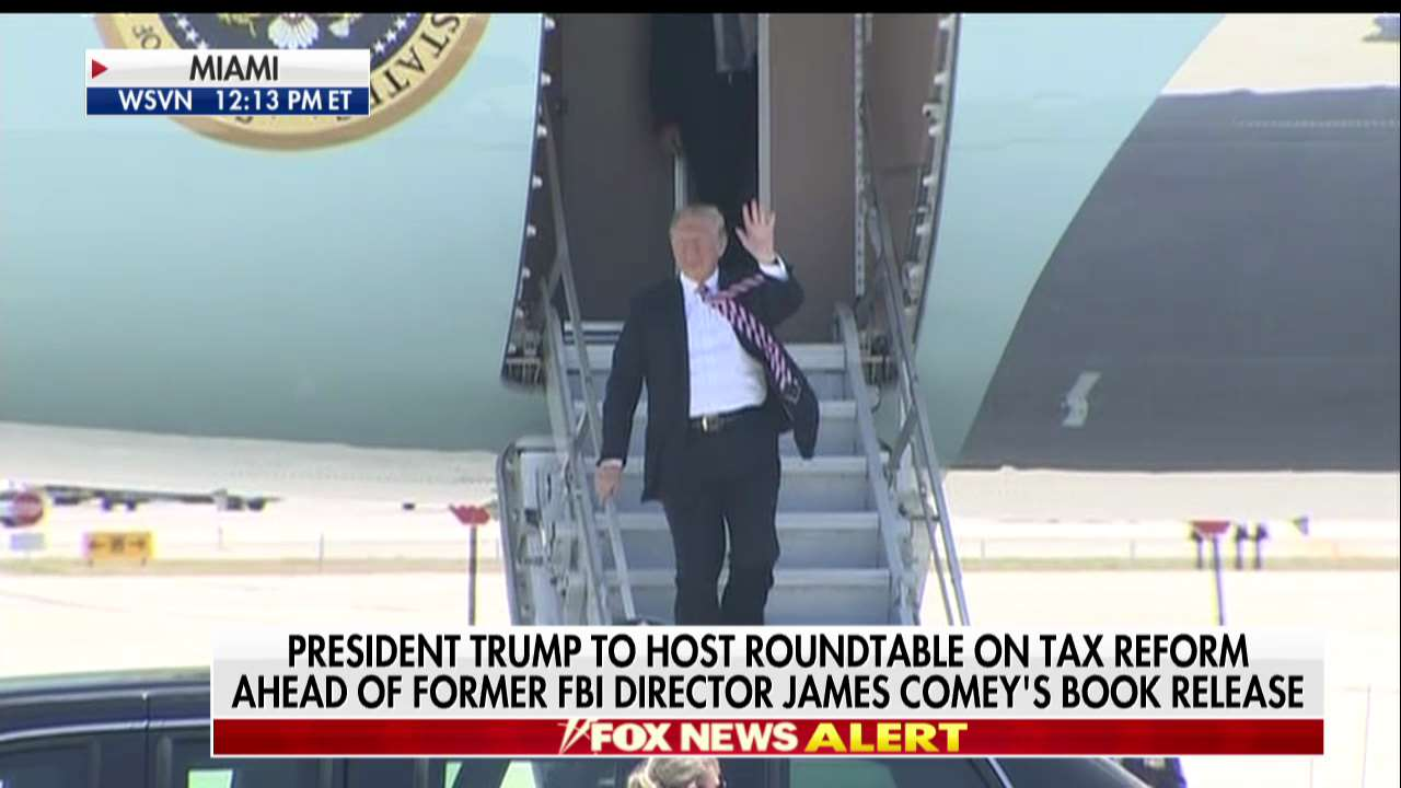 President @realDonaldTrump to host roundtable on tax reform ahead of former FBI Director James @Comey's book release https://t.co/dZEAdFytrV