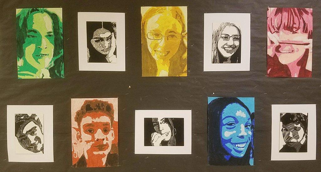 Some great portraits now complete from VA Comp students! #monochromaticportrait #scratchboardportrait #KellArt #mustmakemon #cobbartrockspic.twitter.com/4Y6um95dMe