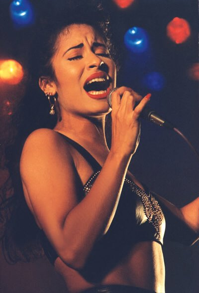 Happy 47th birthday to the legend Selena Quintanilla Pérez