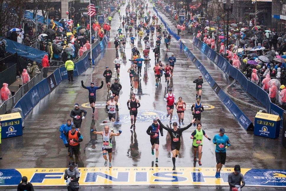 13 photos de personnes qui n'ont eu aucun plaisir au #marathon de Boston... (via @LeSacdeChips) #JDQ #BostonMarathon  http:// www.journaldequebec.com/2018/04/16/13-photos-de-personnes-qui-nont-eu-aucun-plaisir-au-marathon-de-boston  - FestivalFocus