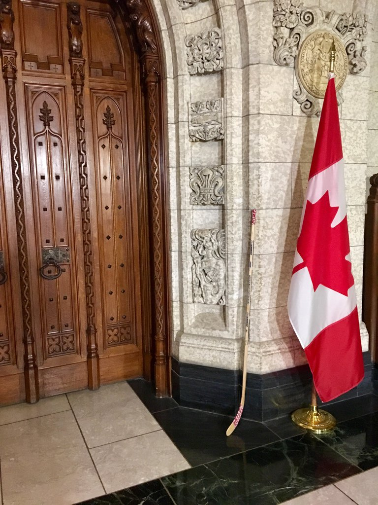 Mackenzie Gray on Twitter  Someone put a #SticksOutForHumboldt outside the door to the House of Commons. #HumboldtBroncos #cdnpoilu2026   & Mackenzie Gray on Twitter: