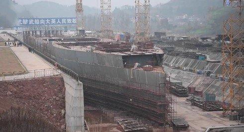 Construction d'une réplique du Titanic en Chine - Page 5 Da7qZuvXcAAOuvt