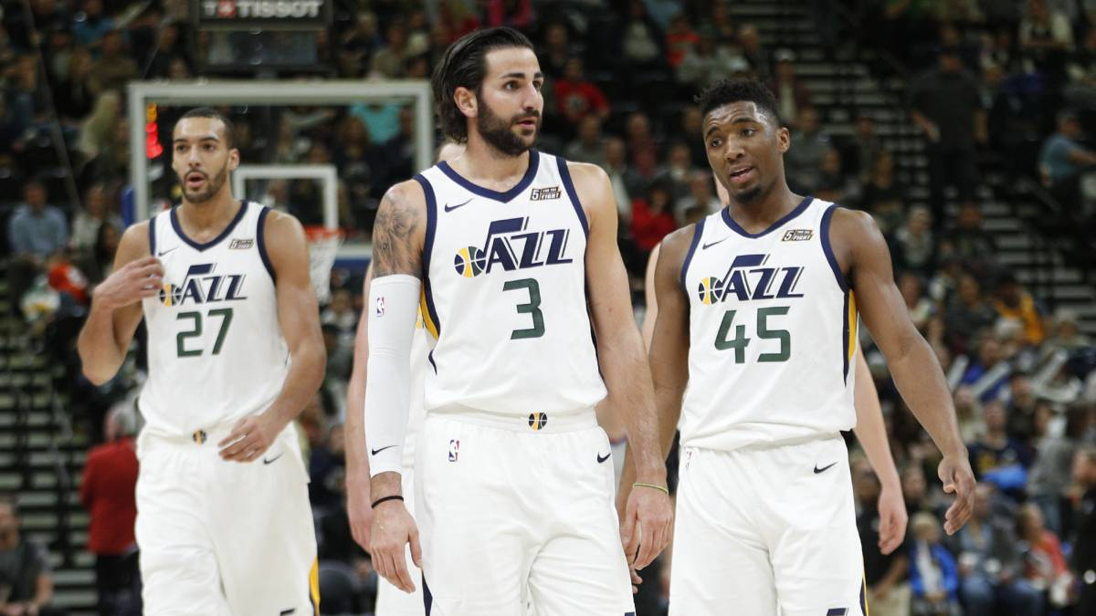 As the fifth seed, #Jazz are 5-1 in the First Round, and have beat the fourth seed in each of their last five appearances.  #jazznation #TakeNote