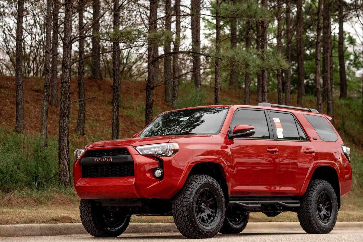 Hoover Toyota On Twitter Still Available This 2018 Sr5 Premium Toyota 4runner Has Our Custom Package Already Added 3 Lift Step Bars Trd Pro Grille And More Find The Details On The