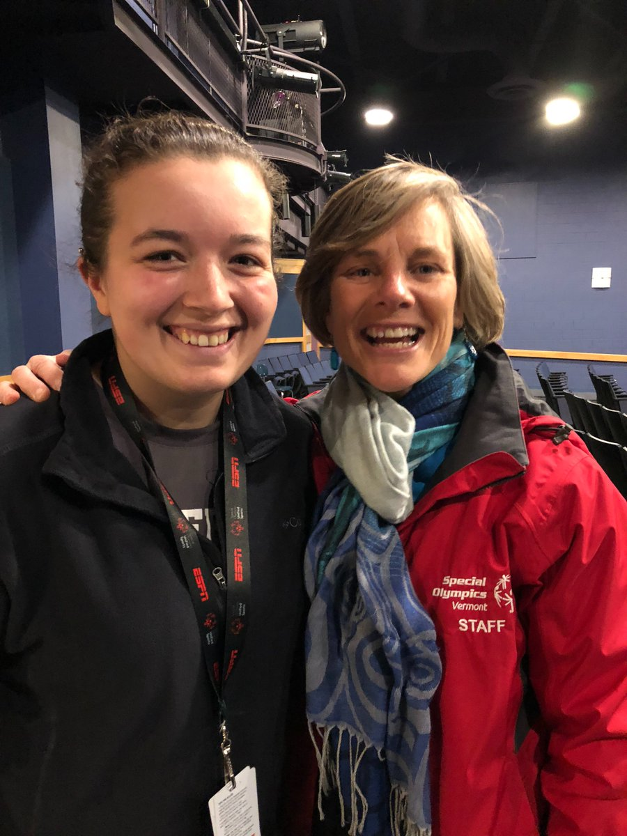 Thank you @SueMinterVT for coming to @MiddTigers and meeting with our #Unified #athletes who proudly support @SOVT #choosetoinclude @ThisIsVTed<br>http://pic.twitter.com/LcxxPoVwCw