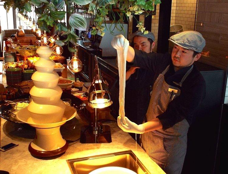 日本初!できたてモッツァレラチーズが食べ放題!  チーズ専門店【good spoon】が横浜みなとみらいにOPEN  ►