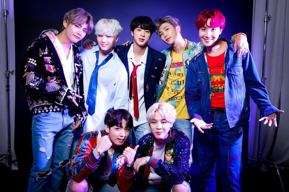 #BTS Announces New Album #LoveYourselfTear will drop May 18! 💿🔥🕺🕺🕺🕺🕺🕺🕺👑 https://t.co/LbHhq2UNU8