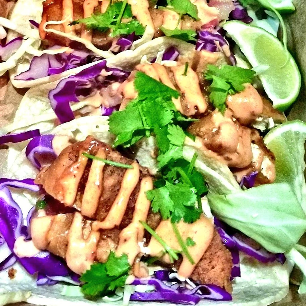 #Vegan tacos @VeganNirvana! The &#39;Ultimate Liberation&#39; 4 crispy fish-free fillet tacos topped with fresh cabbage, pico de gallo, cilantro, &amp; &#39;omnipotent&#39; sauce. Served on grilled soft corn tortillas with lime..  #meatlessmonday #tacotuesday #plantbased  #vegansdoitbetter<br>http://pic.twitter.com/V7k1a5VEle