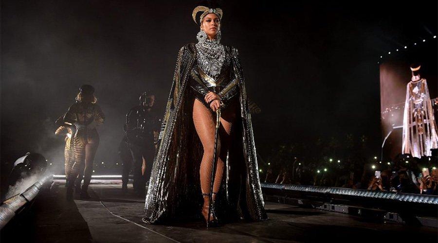 @Beyonce FESTİVALE DAMGA VURDU.  radyobeykent.com/beyonce-festiv…