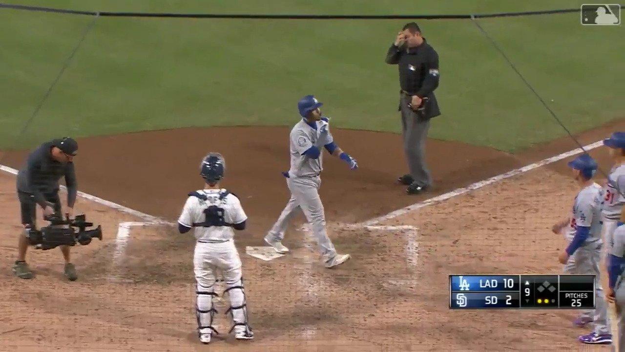 Put the game away. #PapaSlam https://t.co/VN00hC4Dwr