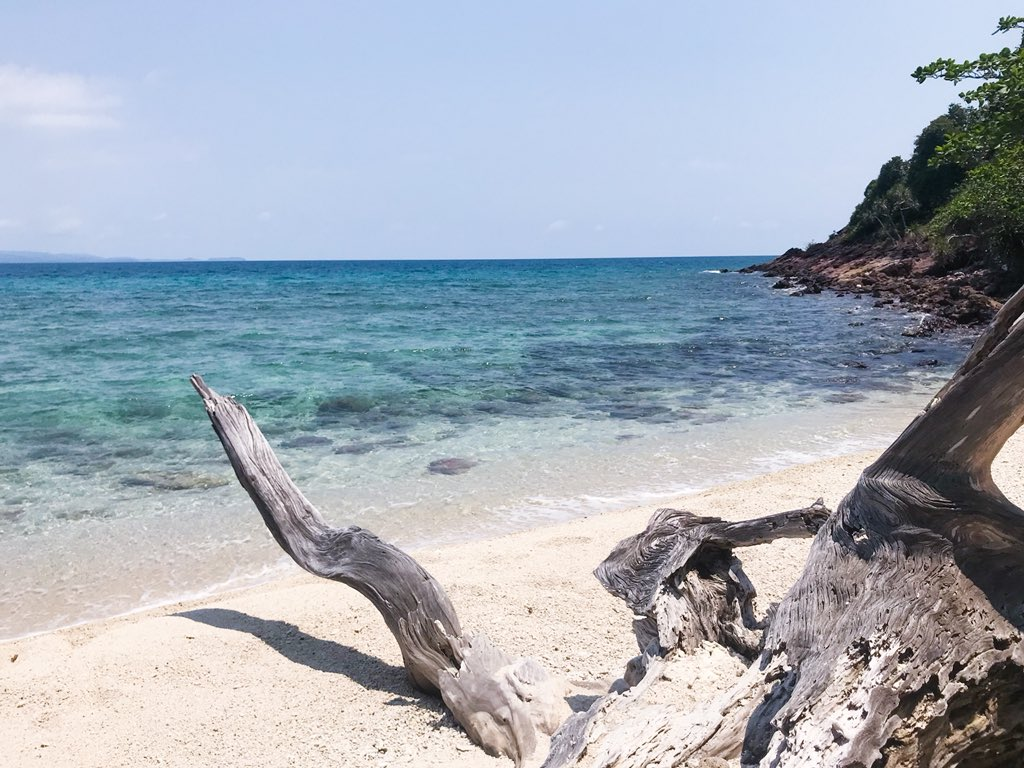 Love you to the beach and back   #KohMak #KohRayang #Trat #Beach #Island #Thailand #AmazingThailand #ReviewThailand #LoveThailand #Travel #Trip #Holiday #Vacation #LifeStyle #Asia<br>http://pic.twitter.com/qADv2Ee3Pq