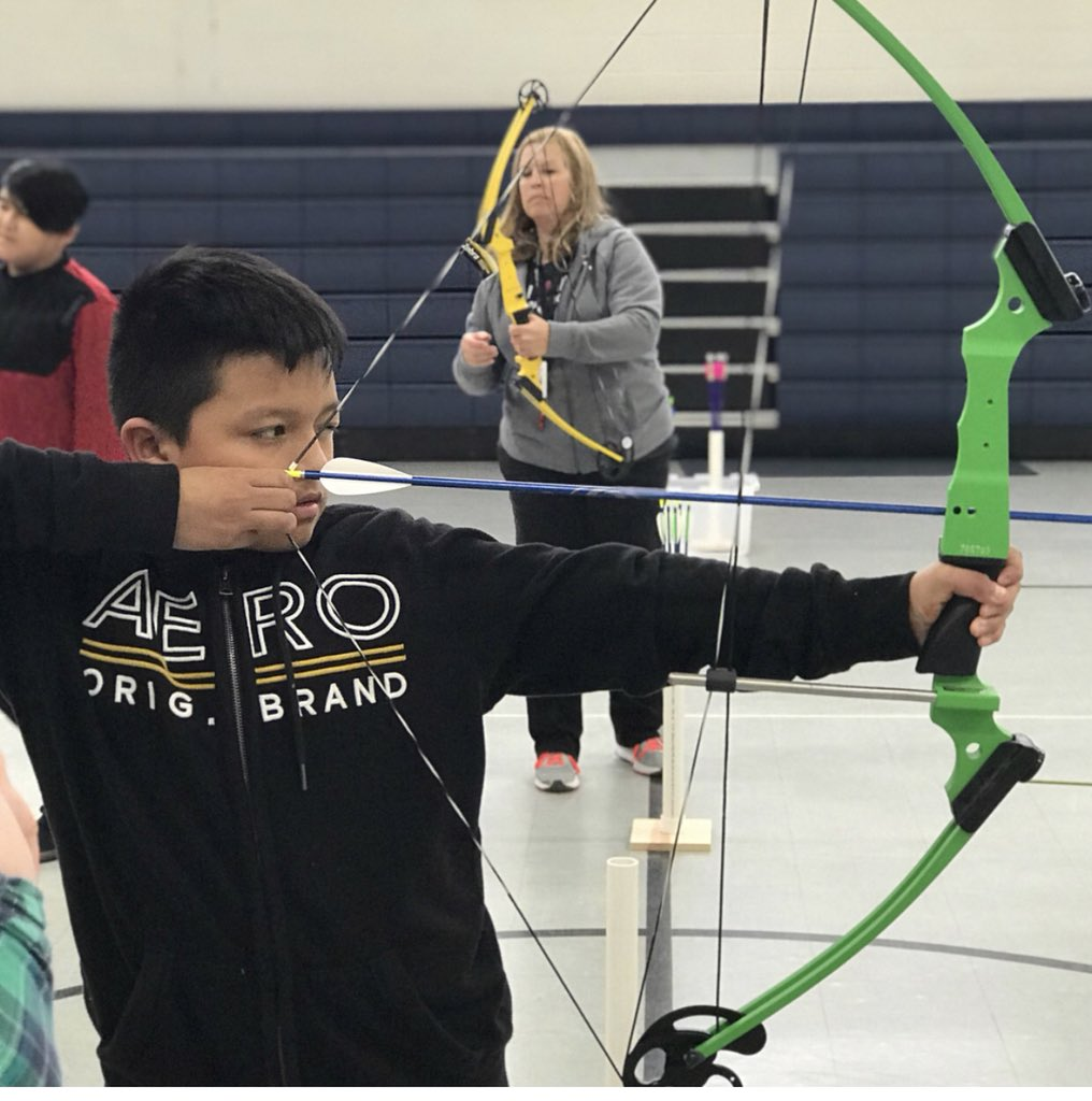 Archeryclub Photos And Hastag Face Target Panahan Brooke Its Thursday Parkwood Students Are Aiming To Be Their Very Best 5th Grade Loving This New Experience