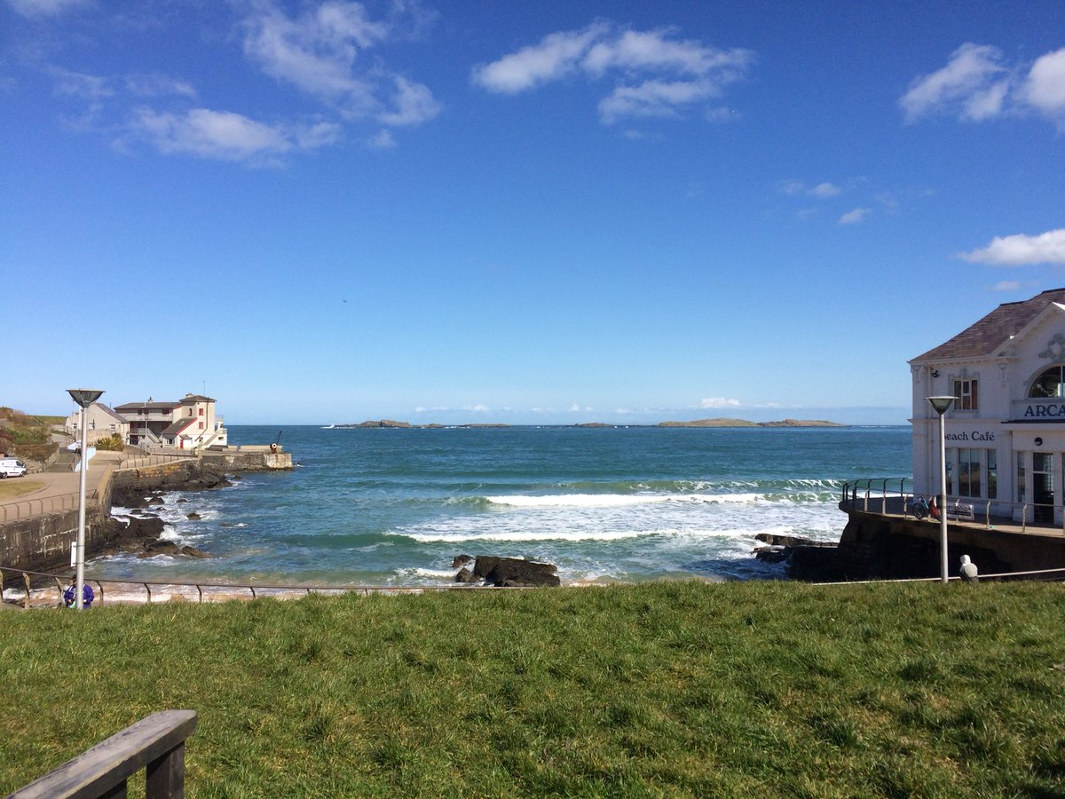 #DogFriendly lunch with a view #Portrush #northcoast