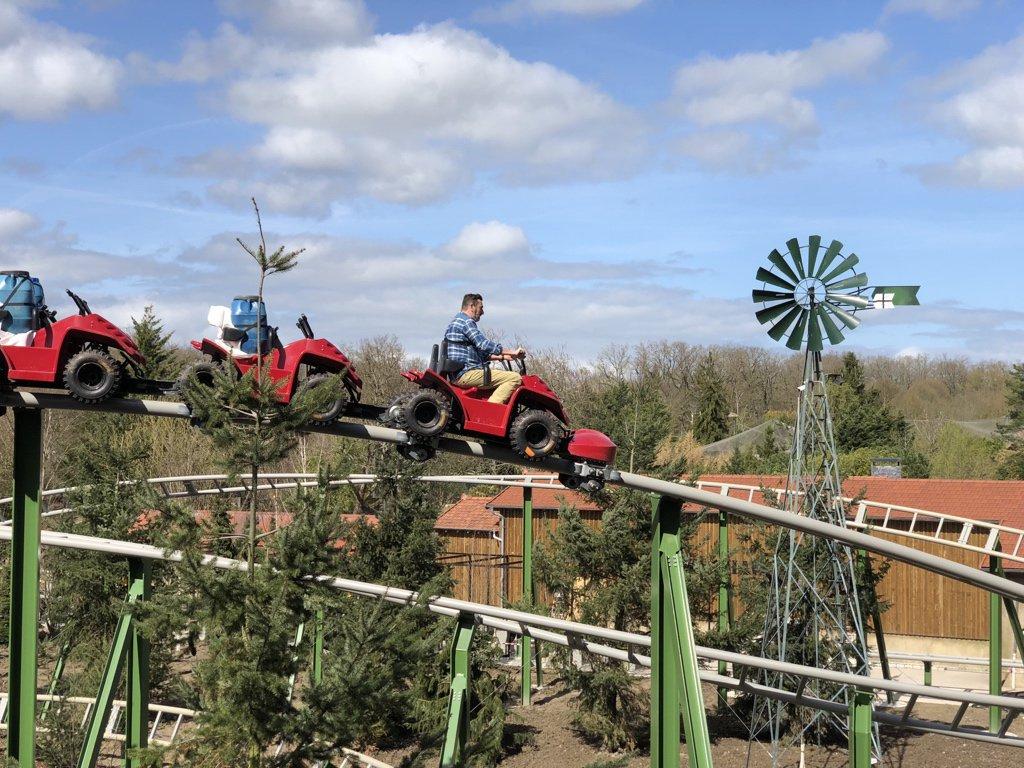 parc attraction quad