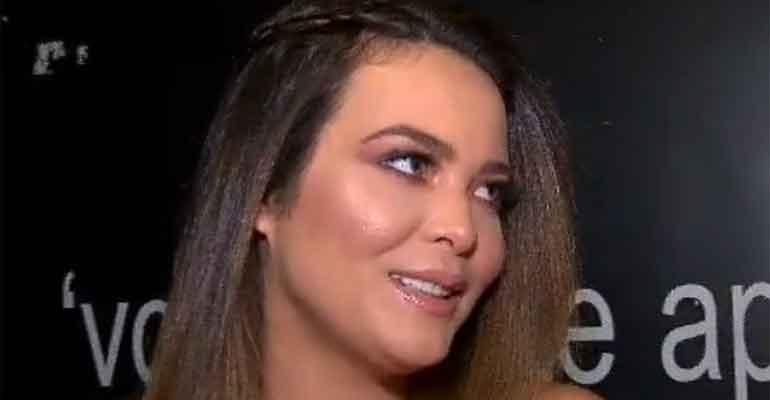 Bacalhau de Geisy Arruda é apreendido em aeroporto e ela lamenta: 'Dei azar' -> https://t.co/PYEebZAReJ