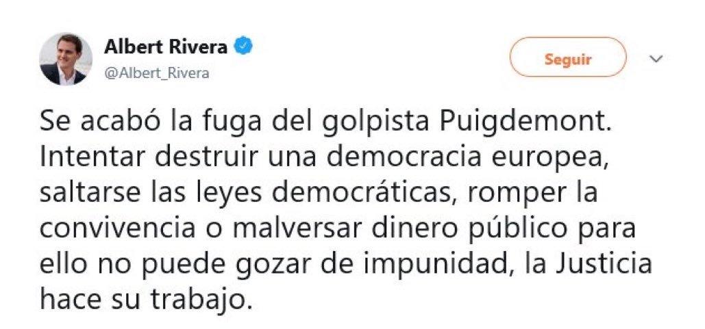 Un beso, @Albert_Rivera.