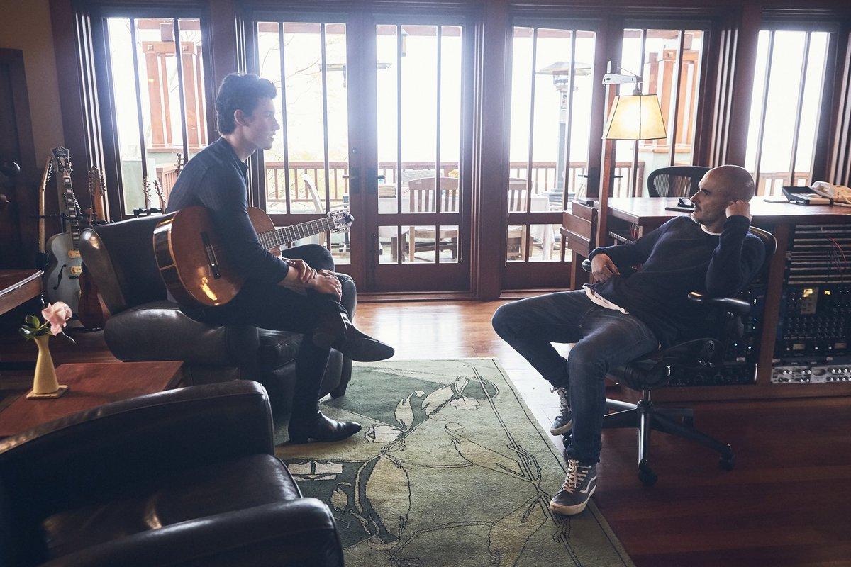 Watch my full interview with @zanelowe &...